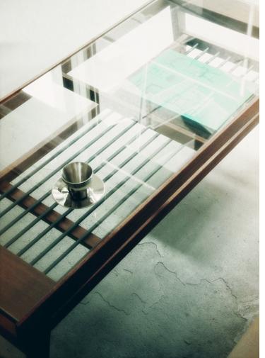 ガラス天板×無垢材×スチール ローテーブル ソファテーブル